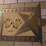 ... и другие знаменитые китайские актеры запечатлены на аллее звезд