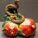 Выставка фарфоровых змеек