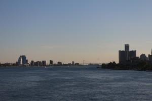 И еще один вид. Справа Детройт, слева - Виндзор.