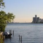 Вид на Детройт с острова Belle Isle
