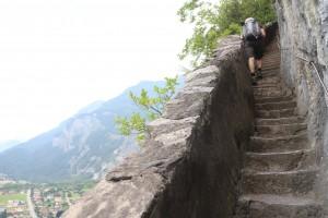 Лесенка до церкви на скале