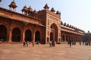 Боковой вход в мечеть