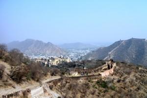 Вид по дороге в верхний форт