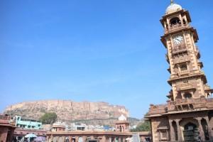 Вид на форт с центральной площади