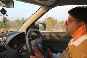 Наш водитель. Отличный дядька вообще.