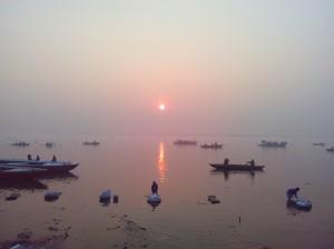 Лодки утром на Ганге