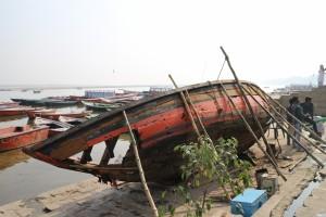 Починка лодки
